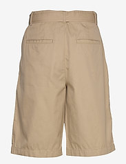 GAP - High Rise Belted Bermuda Shorts - bermudy - new sand - 1