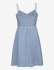 GAP - Fit & Flare Cami Denim Dress - robes de jour - light wash - 1