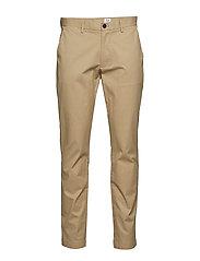 Original Khakis in Slim Fit with GapFlex - ICONIC KHAKI