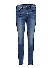 GAP - Mid Rise True Skinny Jeans With Washwell™ - skinny jeans - medium indigo 8 - 0