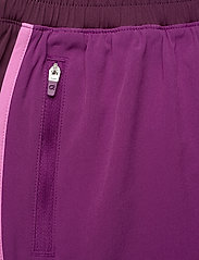 GAP - GapFit Colorblock Shorts - spodenki treningowe - purple wine - 4