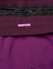 GAP - GapFit Colorblock Shorts - spodenki treningowe - purple wine - 5