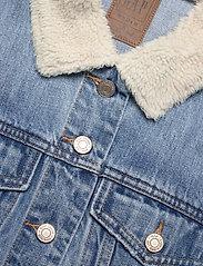 GAP - Dolman Denim Sherpa Icon Jacket - denim jackets - medium indigo 8 - 2
