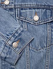 GAP - Dolman Denim Sherpa Icon Jacket - denim jackets - medium indigo 8 - 3