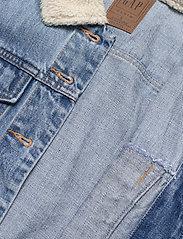 GAP - Dolman Denim Sherpa Icon Jacket - denim jackets - medium indigo 8 - 4