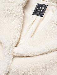 GAP - Sherpa Teddy Jacket - faux fur - ivory - 2