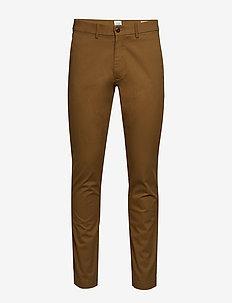Modern Khakis in Slim Fit with GapFlex - chinos - palomino brown global