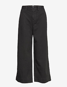 High Rise Wide-Leg Crop Chinos - TRUE BLACK V2