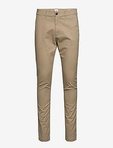 Modern Khakis in Skinny Fit with GapFlex - pantalons chino - khaki1