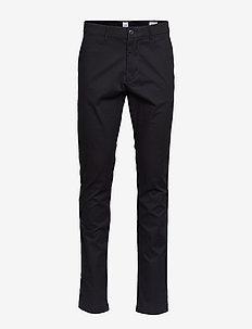 Modern Khakis in Skinny Fit with GapFlex - pantalons chino - true black v2
