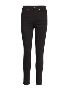 High Rise True Skinny Jeans with Secret Smoothing Pockets - TRUE BLACK V2