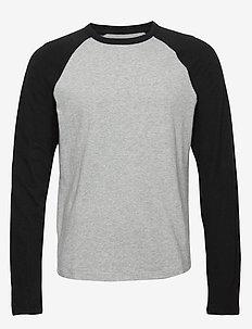 Vintage Soft Raglan T-Shirt - B10 GREY HEATHER