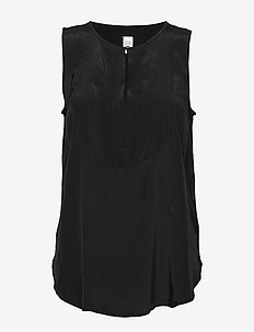 Sleeveless Pintuck Bib-Front Top - blouses sans manches - true black
