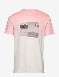 Graphic Crewneck T-Shirt - printed t-shirts - minimal pink