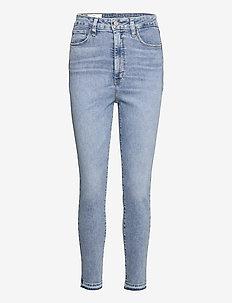 Sky High Rise Universal Jegging with Secret Smoothing - skinny jeans - light indigo 10