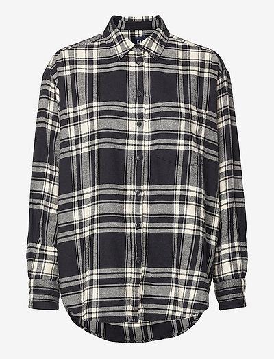 LS FLANNEL OS SHIRT - långärmade skjortor - black plaid