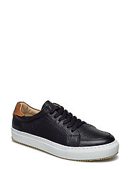 Off Court Sport - BLACK