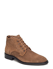 Classic Boot - BROWN