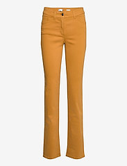 Gerry Weber Edition - JEANS LONG - straight jeans - honey - 0