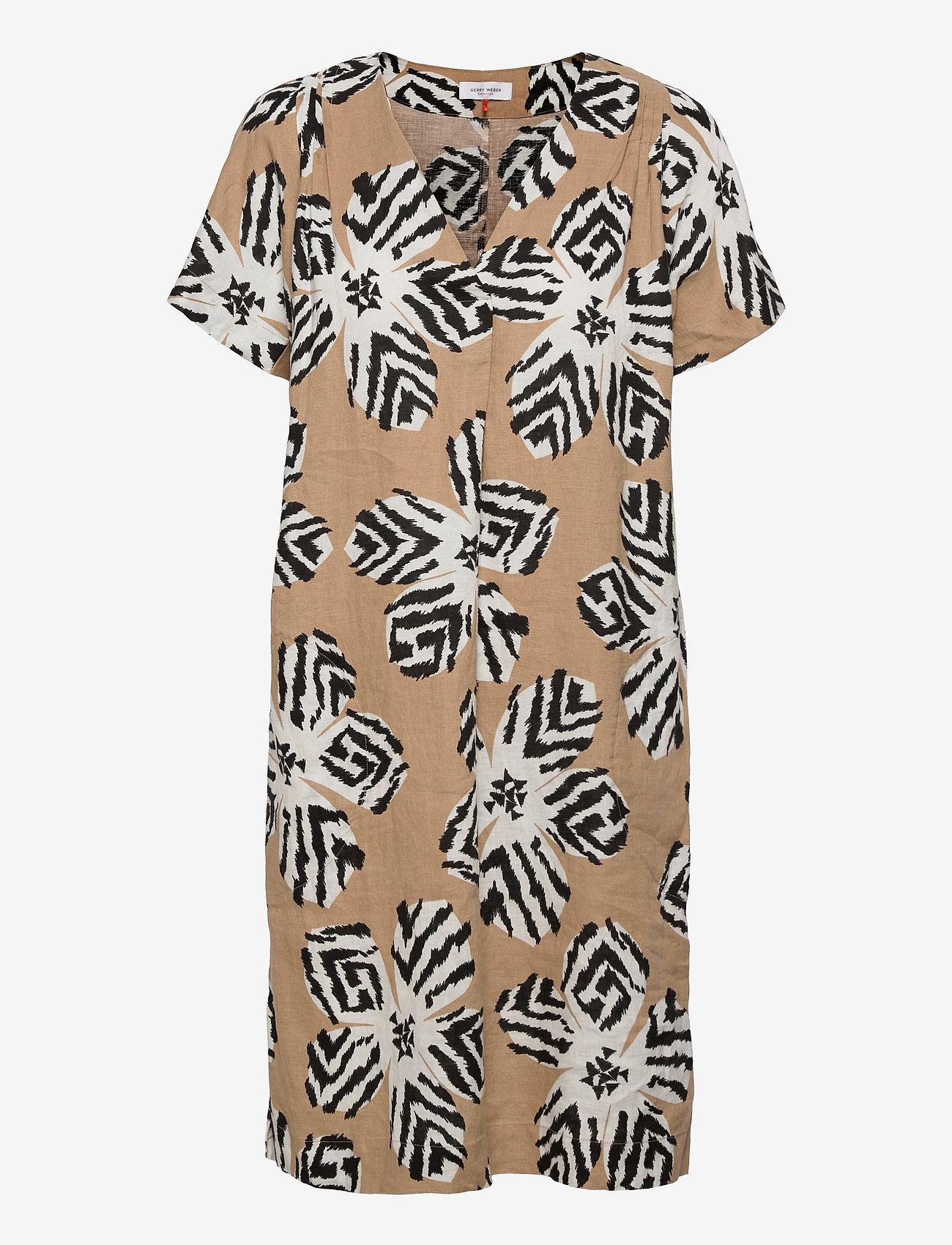 Gerry Weber - DRESS WOVEN FABRIC - robes d'été - sahara ecru black print - 0