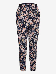 CROP LEISURE TROUSER - casual bukser - navy sienna print