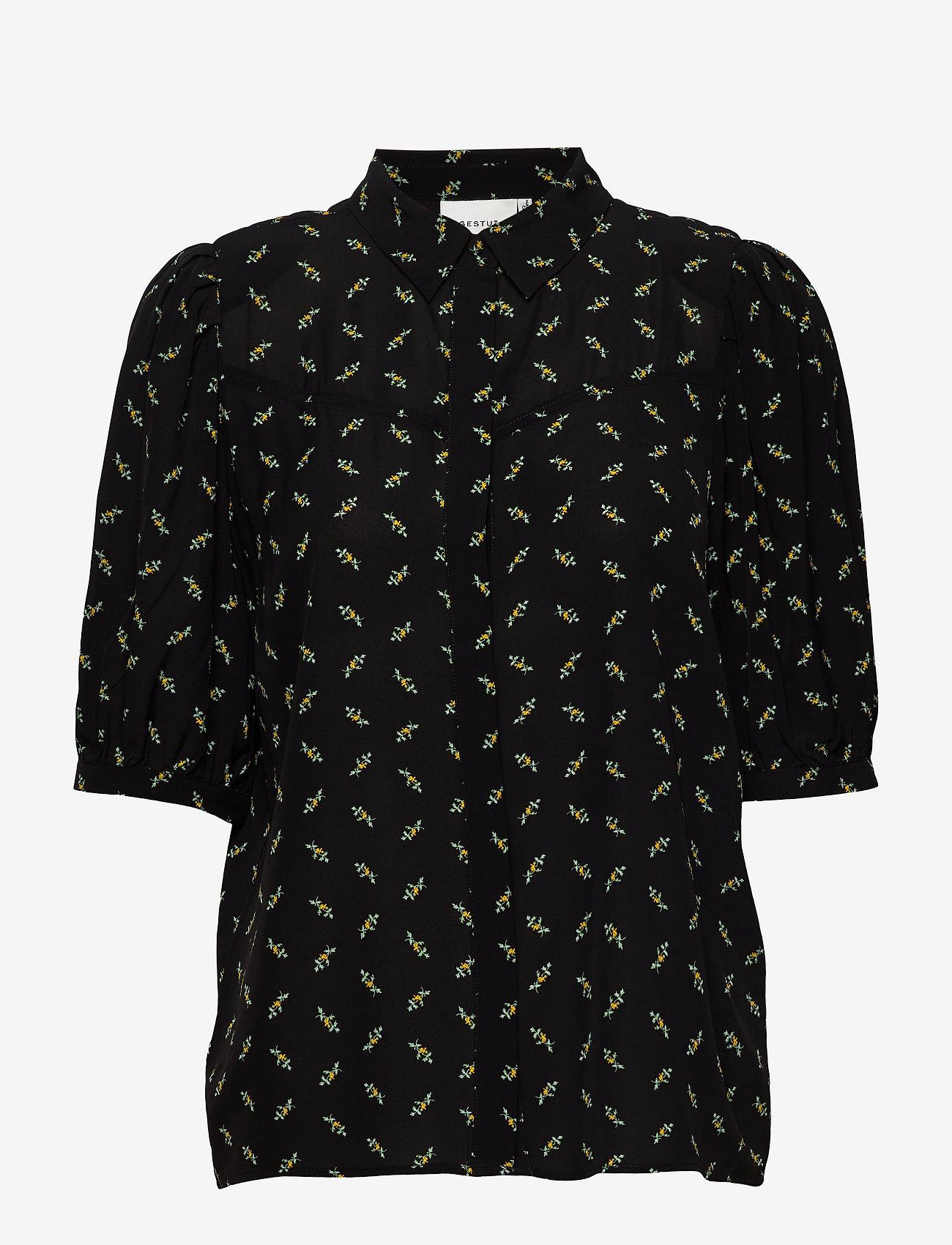 Gestuz - BelinaGZ shirt AO20 - short-sleeved blouses - black flower pattern - 0
