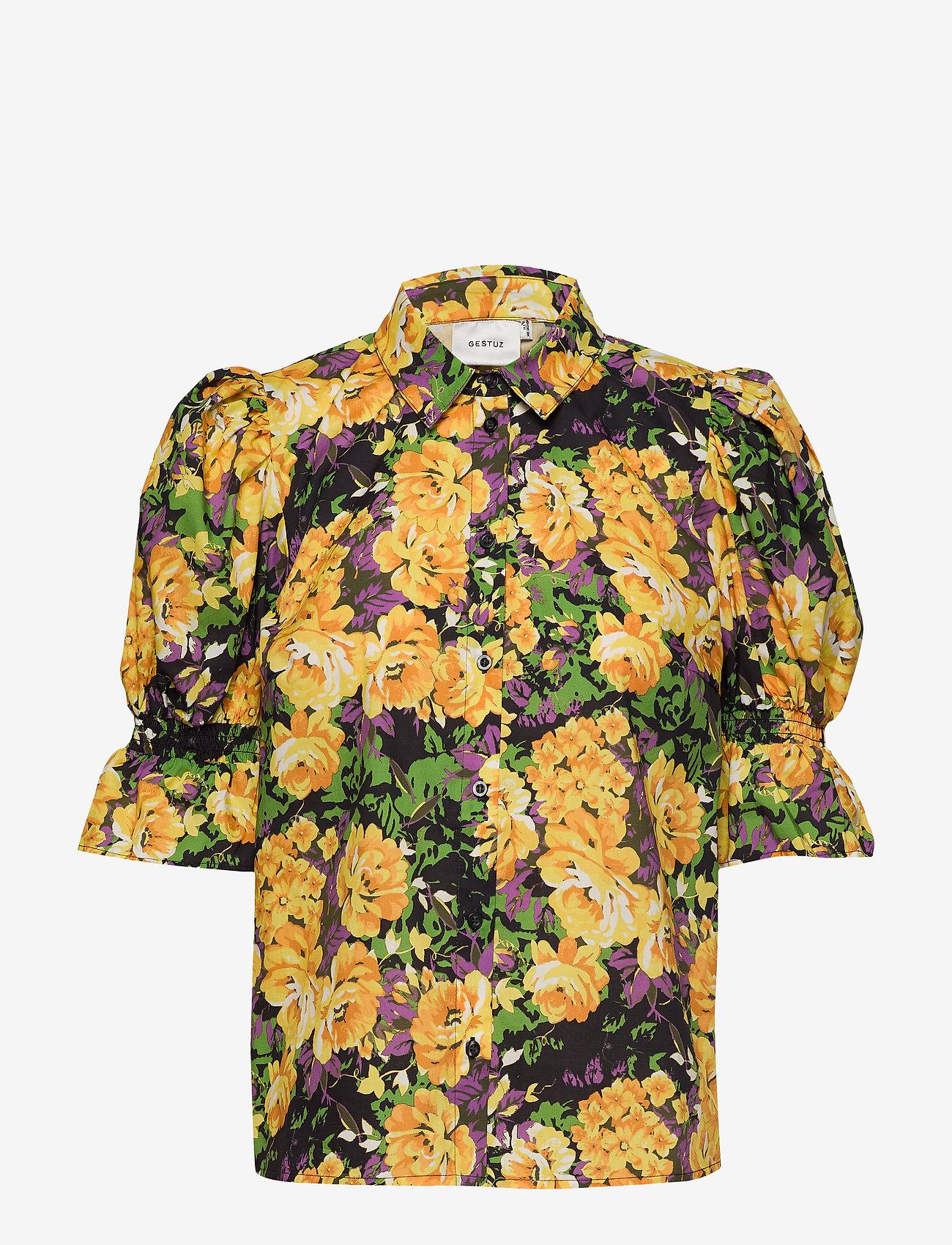 Gestuz - CassiaGZ AOP shirt AO20 - short-sleeved blouses - yellow flower garden - 0