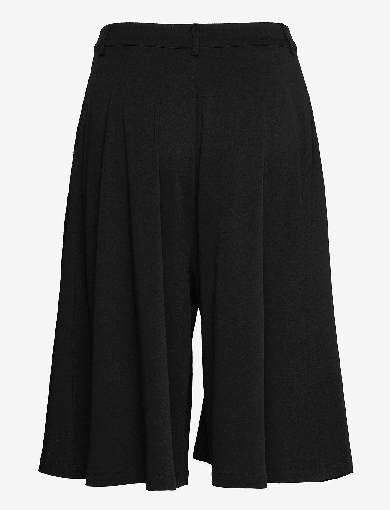 Gestuz - BertaGZ HW shorts - bermudashorts - black - 1