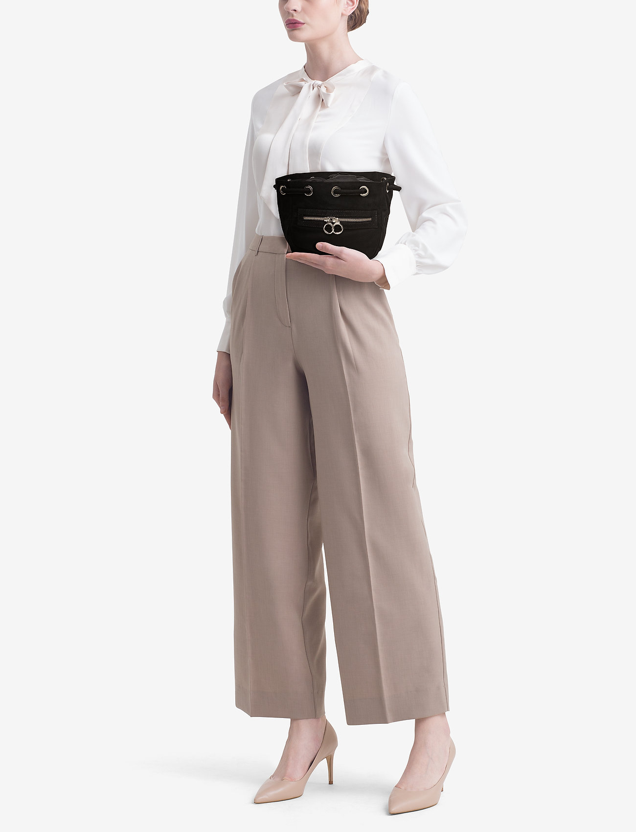 Gestuz Bow mini s bag MA18 - BLACK