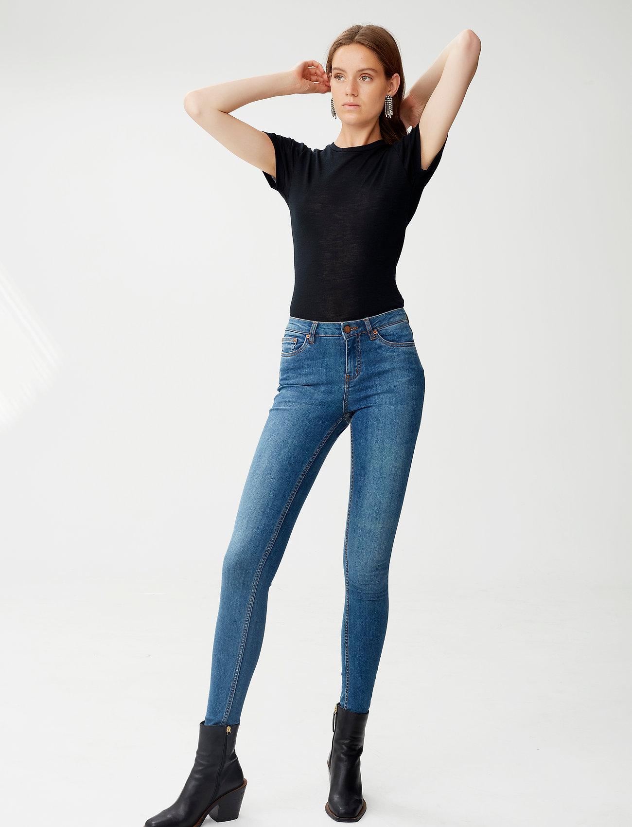 Gestuz - WilmaGZ tee NOOS - basic t-shirts - black - 0