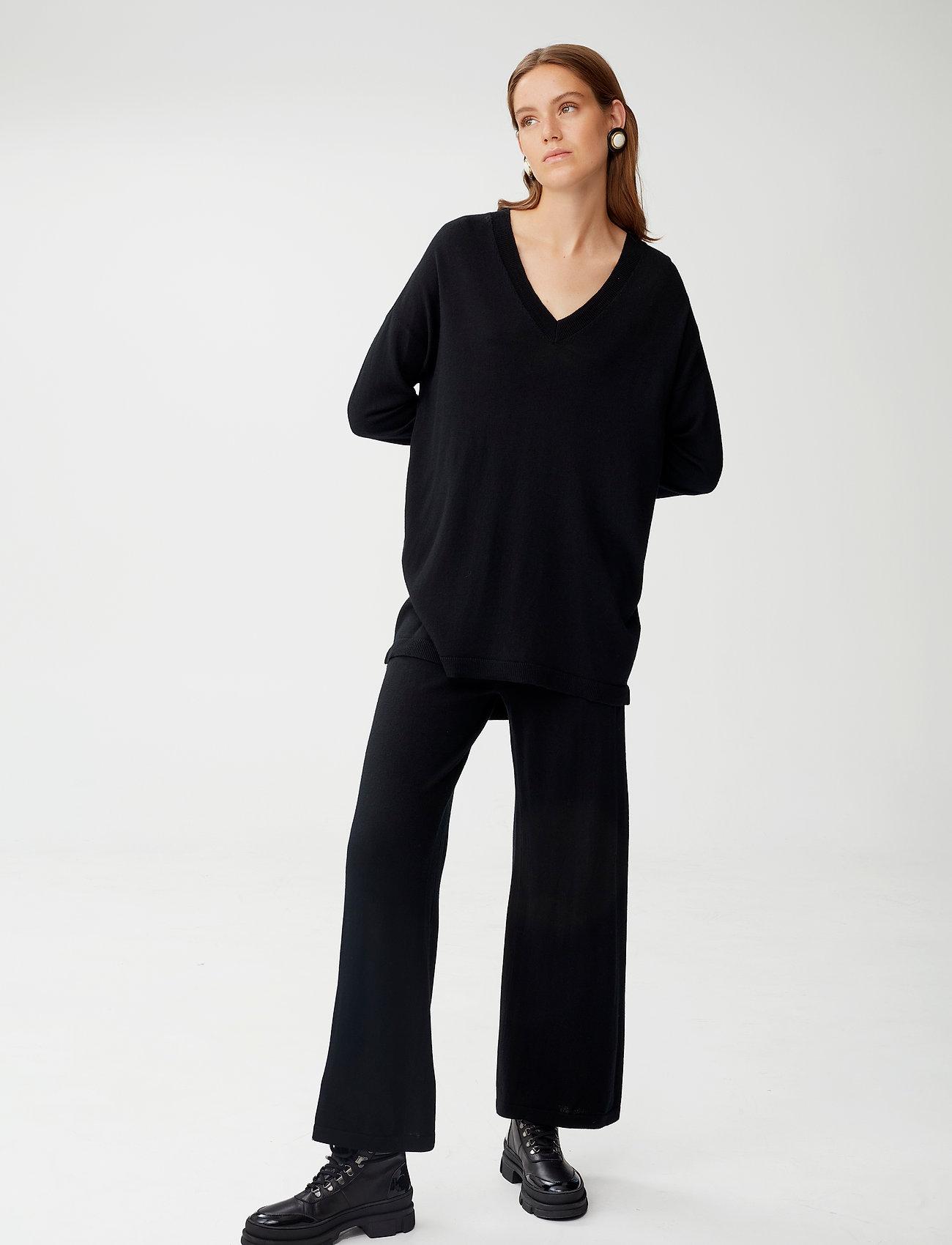 Gestuz - ThelmaGZ V-pullover - trøjer - black - 0