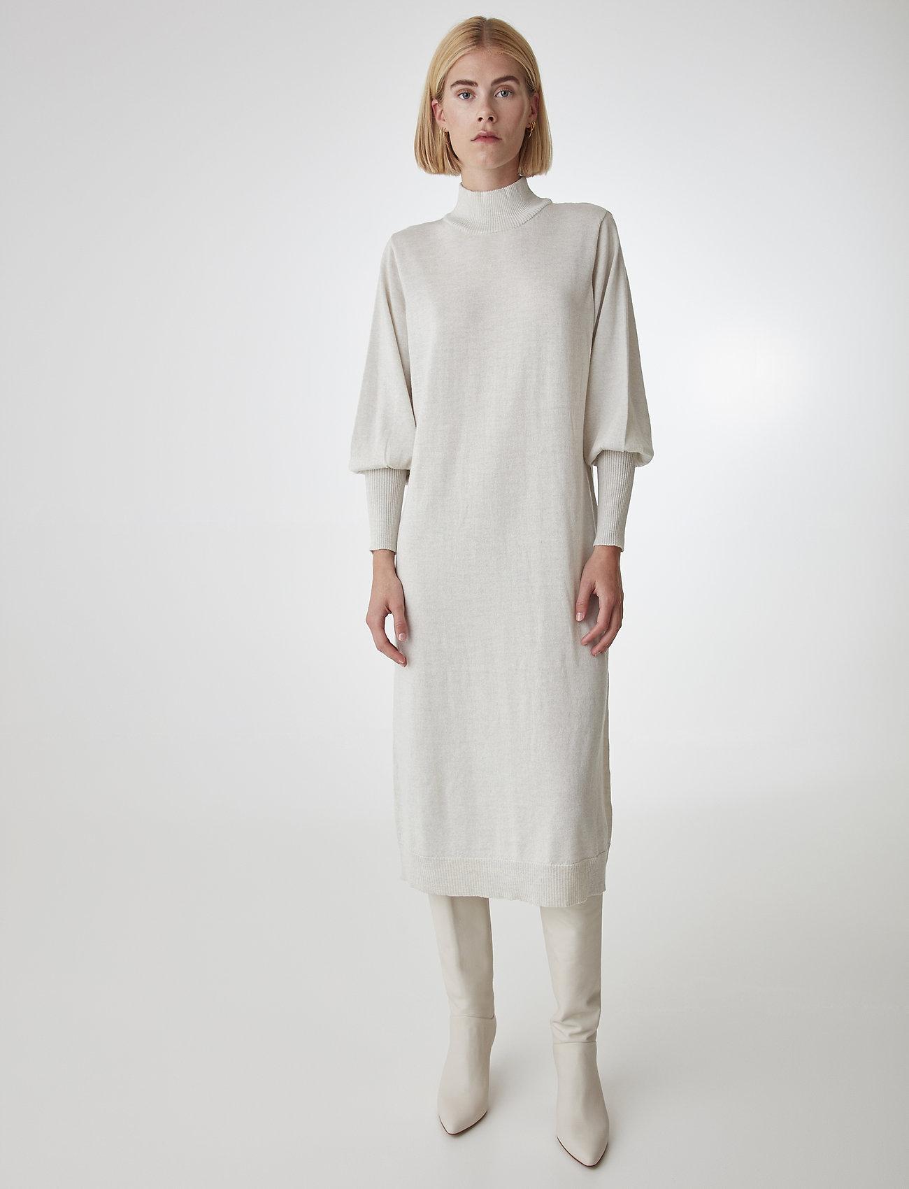 Gestuz - RianGZ dress - neulemekot - rainy day