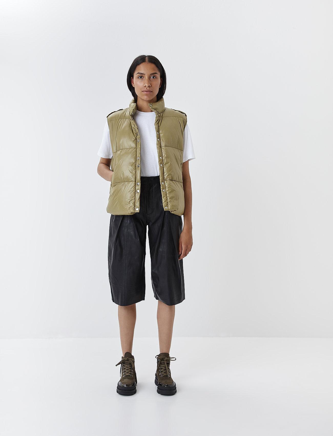 Gestuz - SuriGZ shorts MS20 - lederhosen - black - 0