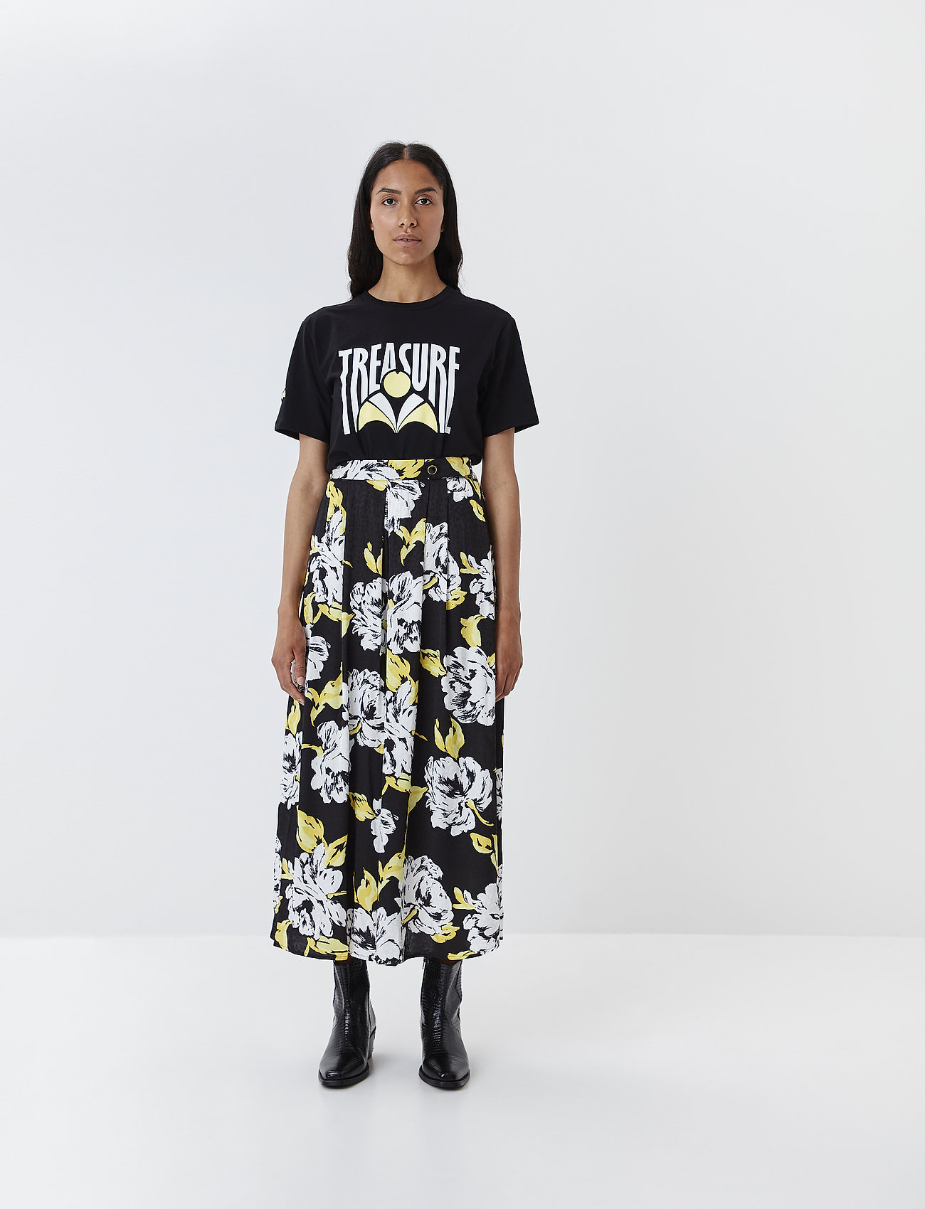 Gestuz - TreasureGZ tee MS20 - printed t-shirts - black - 0