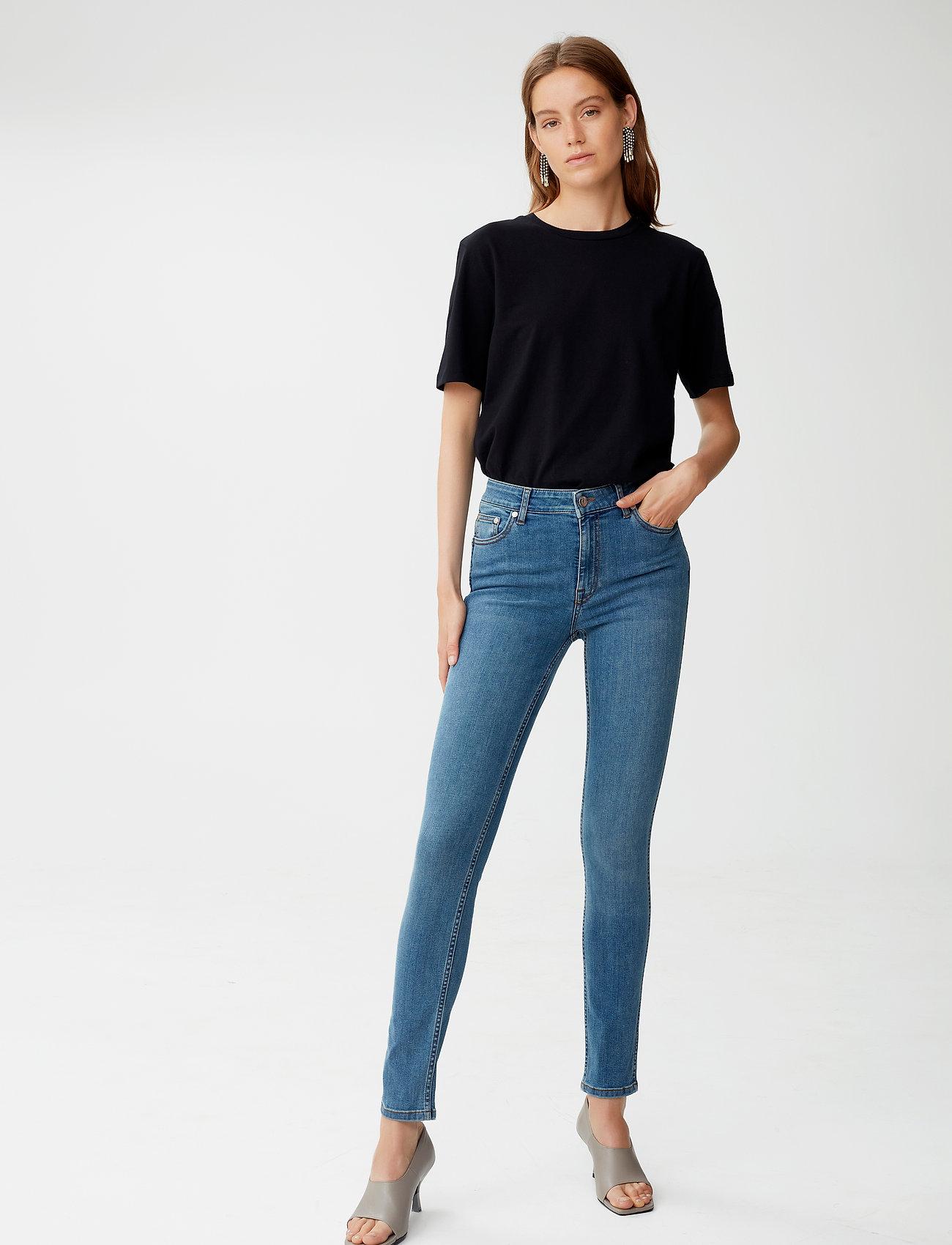 Gestuz - MaggieGZ MW skinny jeans NOOS - skinny jeans - l.a. blue - 0