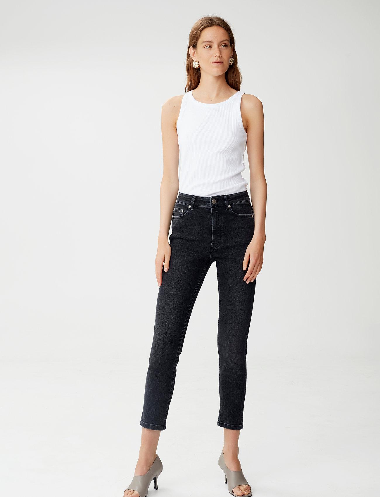 Gestuz - AstridGZ HW slim jeans NOOS - slim jeans - washed black - 0