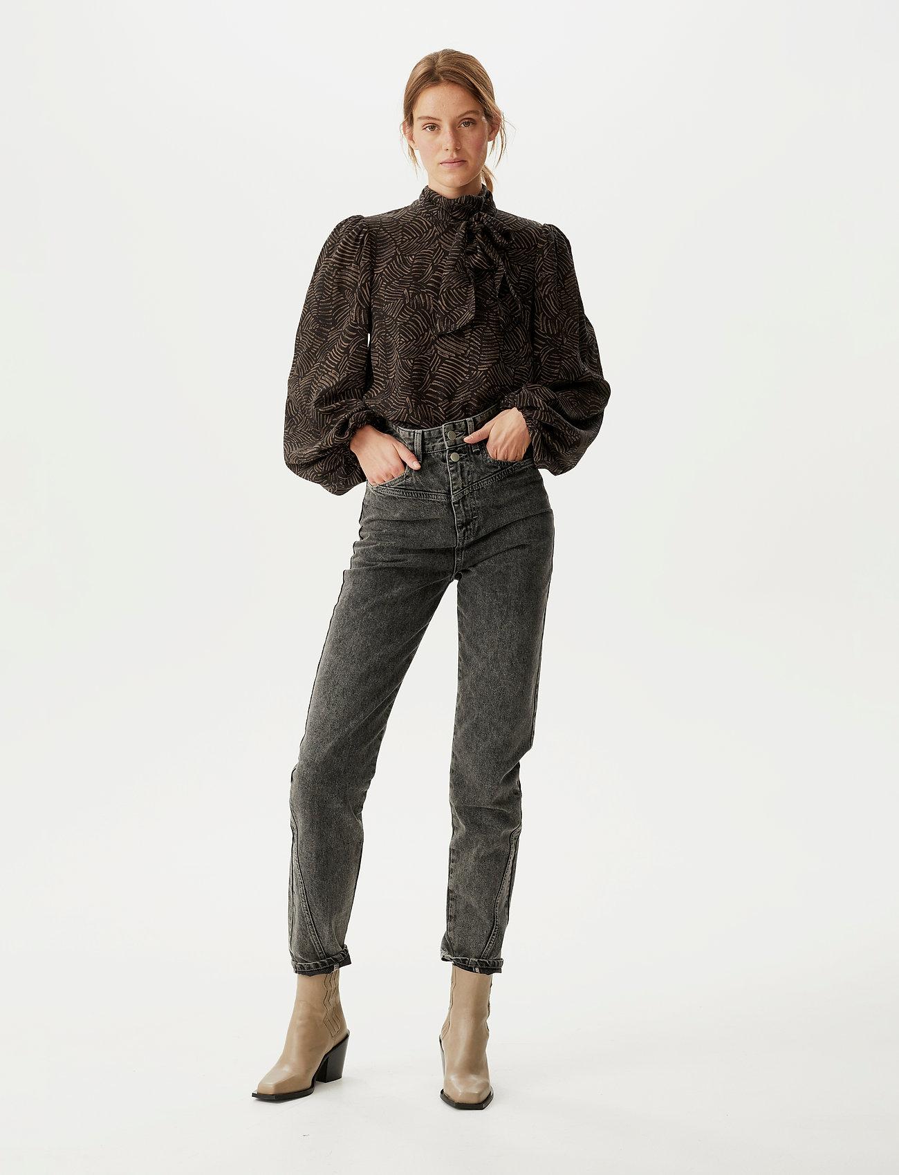 Gestuz - TikaGZ blouse SO21 - langærmede bluser - brown strokes - 0