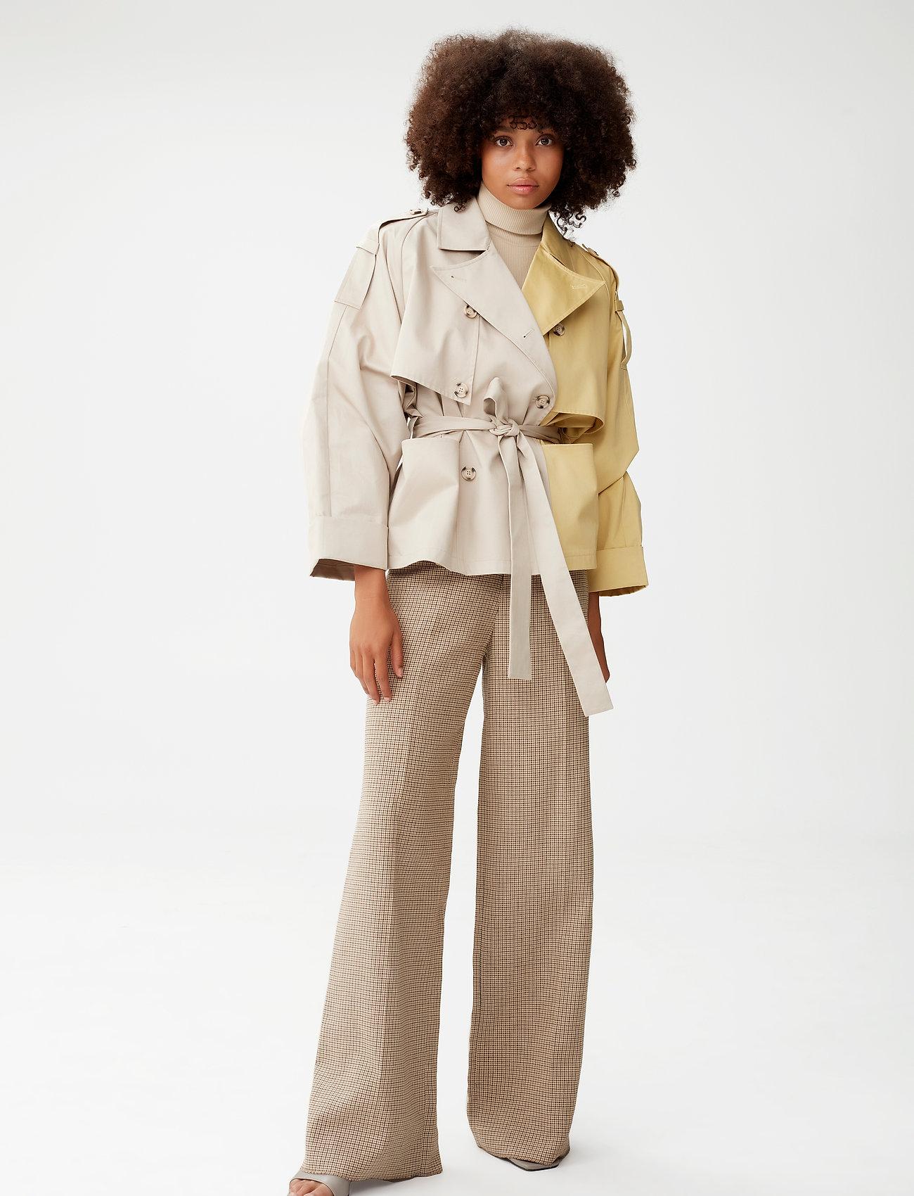 Gestuz - MaiGZ short trenchcoat - trenchcoats - pure cashmere - 0