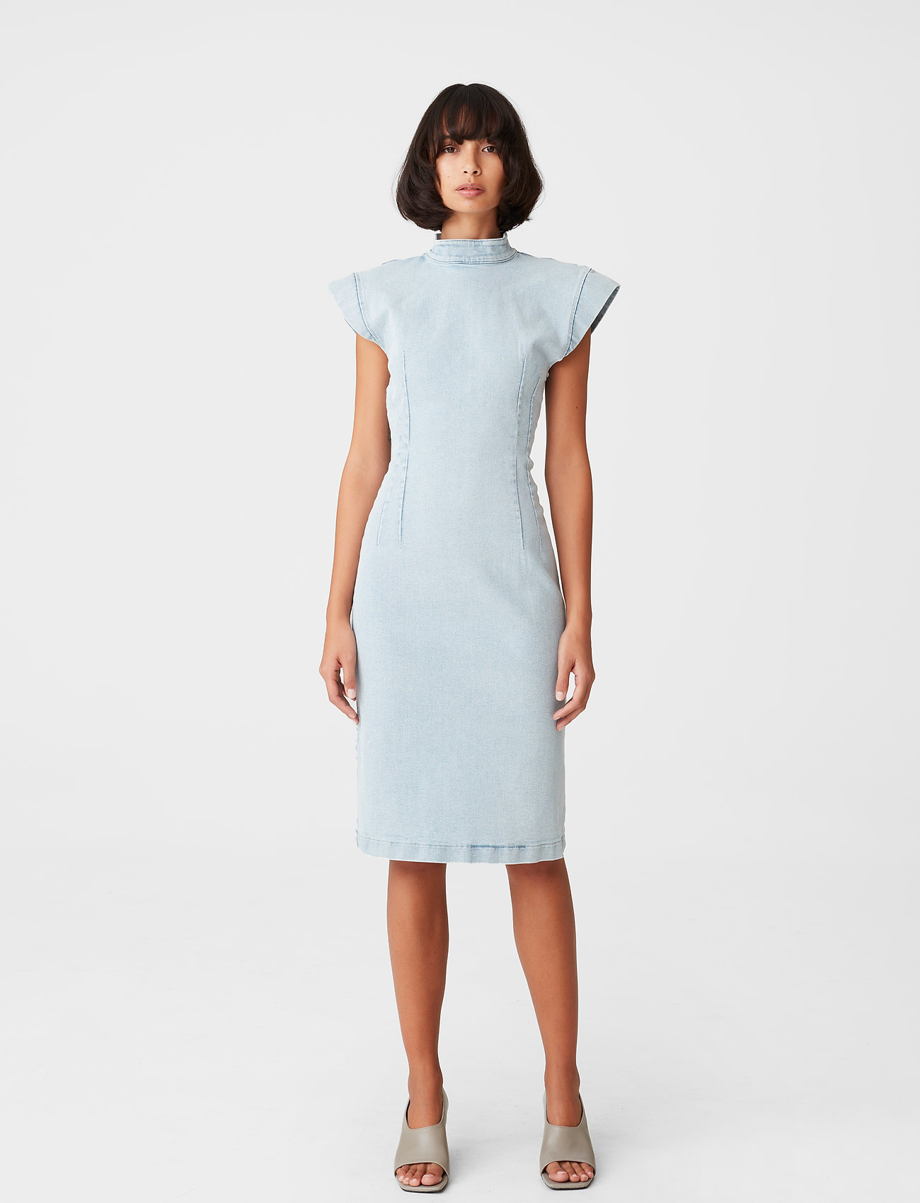 Gestuz - DrewiGZ dress - sommerkjoler - light blue vintage - 0