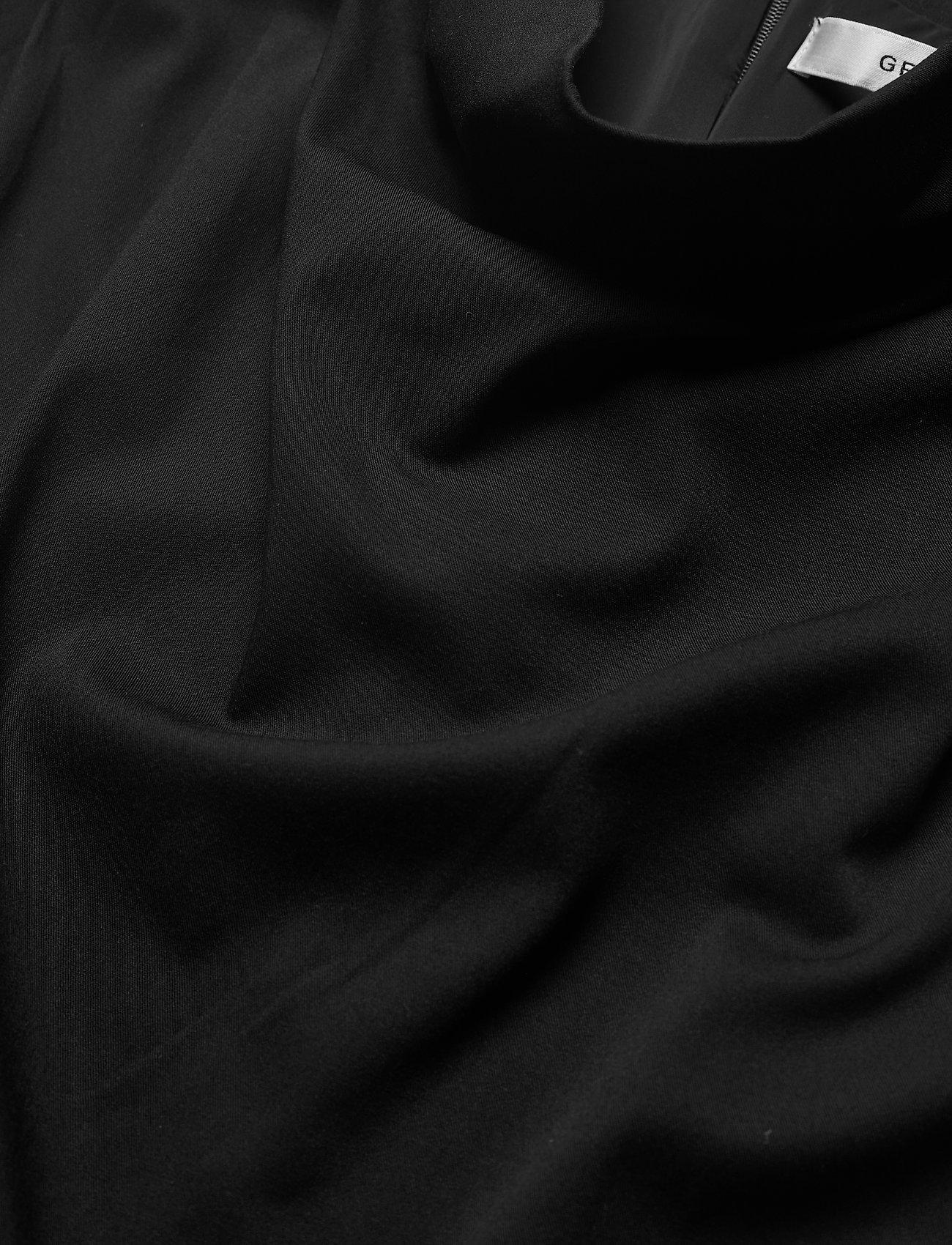 Gestuz - BertaGZ sl blouse - Ærmeløse bluser - black - 6