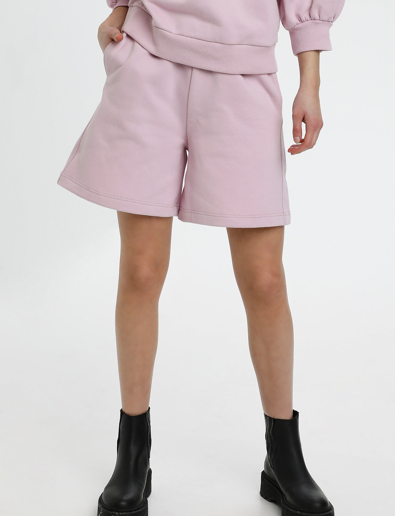 Gestuz - NankitaGZ HW shorts - shorts casual - fragrant lilac - 0