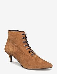 Gestuz - Linea boots MA18 - ankelstøvler med hæl - camel - 0