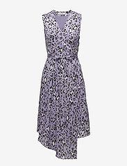 Gestuz - Leopa wrap dress MA18 - wickelkleider - purple leopard - 0