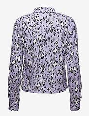 Gestuz - Leopa shirt MA18 - long sleeved blouses - purple leopard - 1