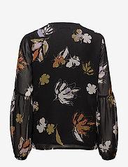 Gestuz - Amali blouse MA18 - long sleeved blouses - black flower print - 1