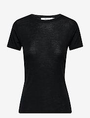 Gestuz - WilmaGZ tee NOOS - basic t-shirts - black - 1