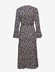 Gestuz - FayaGZ wrap dress ZE1 19 - wrap dresses - purple/black flower - 1