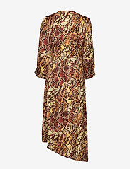 Gestuz - ChellaGZ dress MA19 - kietaisumekot - red/yellow snake - 2