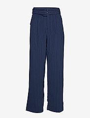 Gestuz - KineGZ pants MA19 - leveälahkeiset housut - peacoat pinstripe - 1