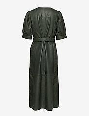 Gestuz - SuriGZ dress - juhlamekot - dark green - 4